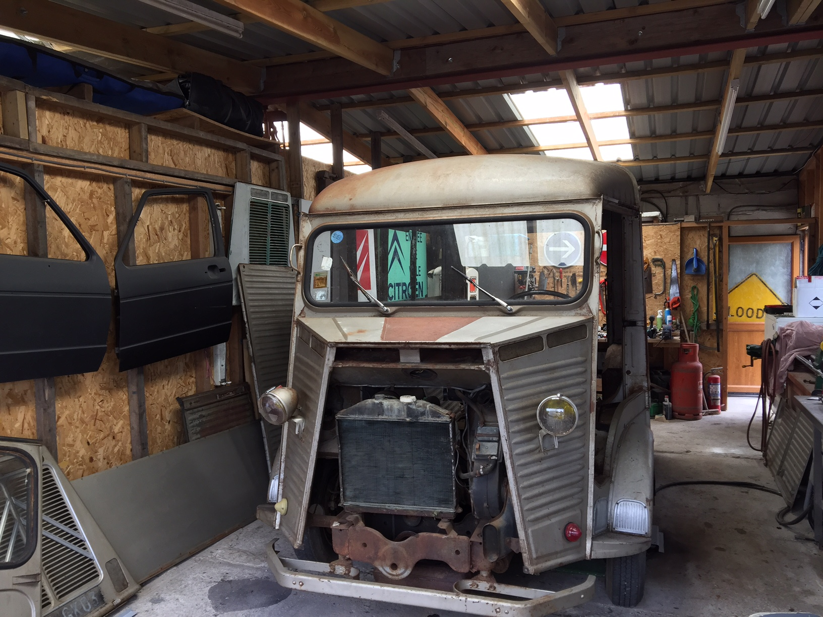 1964 Citroen Hy van twin hatch restoration